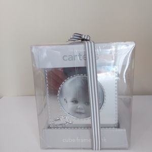 BN Carter's Cube frame baby picture